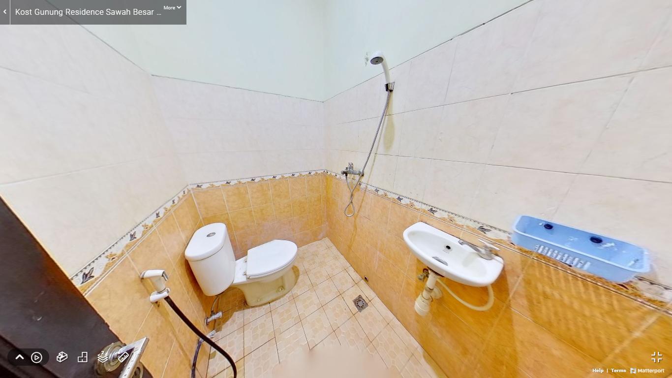 Kost Gunung Residence Sawah Besar Jakarta Pusat kamar mandi (1)
